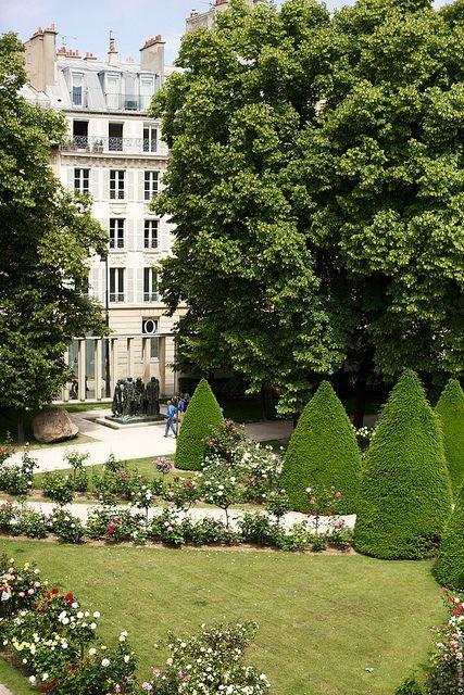 the beautiful garden at musée rodin