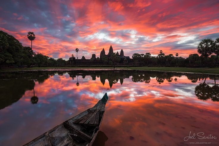 Photograph Scarlet Angkor by Joel Santos on 500px