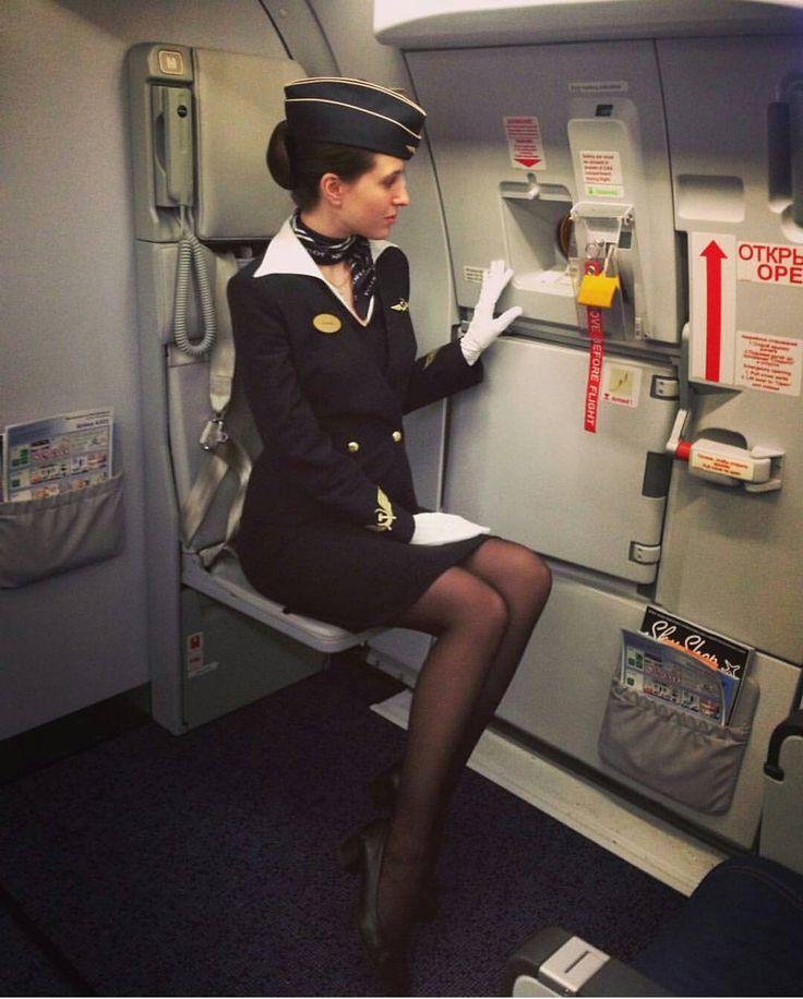 сочная стюардесса видео подходит сексуальной