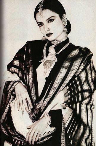 Rekha dressing styles for women