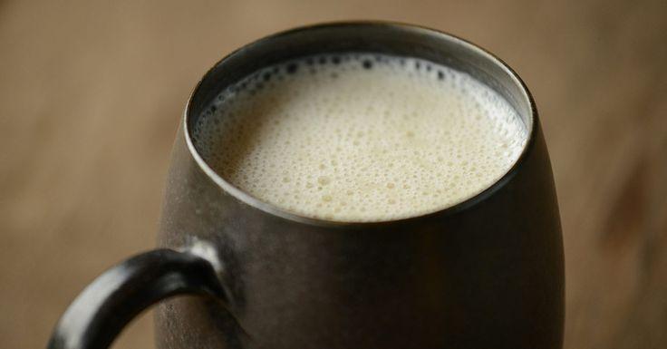 """Przeczytaj: 10 przepisów na domowe mleka roślinne w serwisie dla """"rodziców poszukujących"""" - dziecisawazne.pl"""