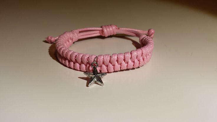 Pulsera cordon encerado rosa. Pink waxed cotton bracelet  - by Arriba Muñecas..
