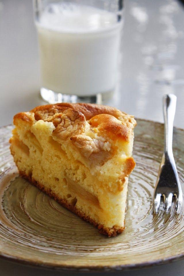Torta di mele con yogurt al limone