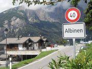 Gezilecekyerler.com - İsviçre'deki bu köye taşınana 70 bin dolar verilecek http://gezilecekyerler.com/isvicredeki-bu-koye-tasinana-70-bin-dolar-verilecek