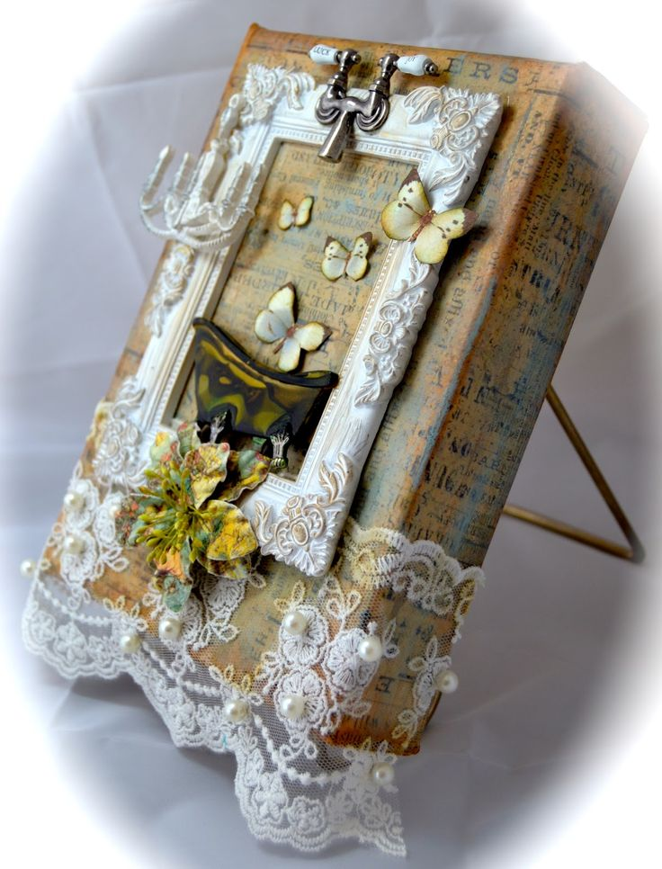 THE BEAUTY OF PAPER: Shabby Chic Bathroom Canvas