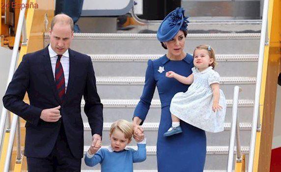 El Príncipe Guillermo y Catalina de Cambridge viajarán con sus hijos a Alemania y Polonia