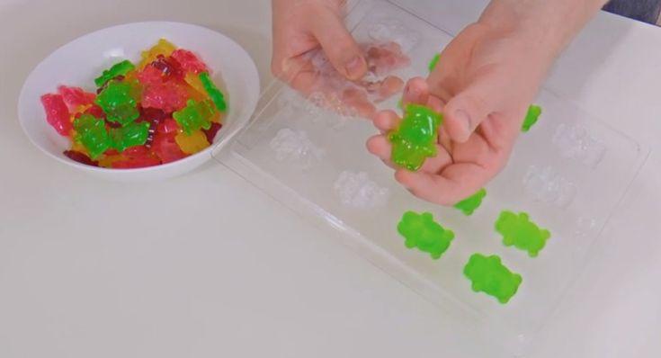 So machst du dir Gummibärchen zu Hause. Sooo genial und lecker zugleich!