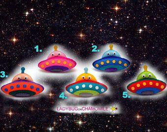 Naves espaciales UFO Alien para niños, naves espaciales sentían imanes - precio por 1 artículo - haga su propio juego - fantasía del espacio, OVNI,