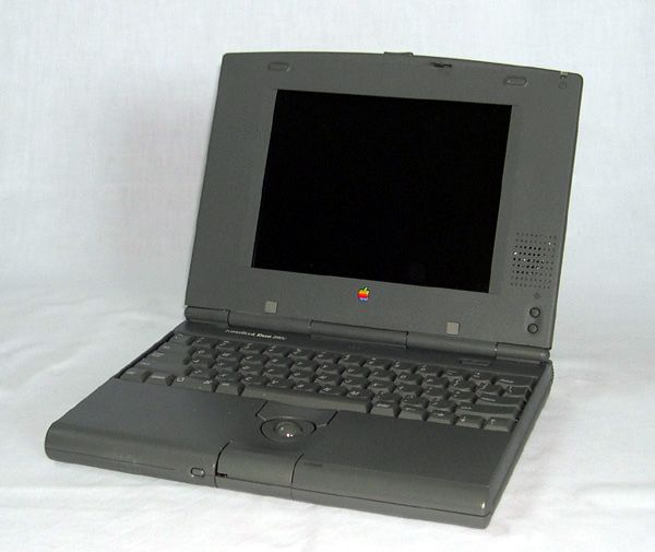 Il PowerBook Duo è una linea di portatili prodotta da Apple Computer presentata nel 1992. Questi portatili erano realizzati per essere piccoli e con un'elevata autonomia, l'espandibilità era assicurata da una base esterna (Dock) in cui il PowerBook veniva riposto quando si arrivava in ufficio. Un utente poteva quindi lavorare in ufficio poi estraeva il portatile dalla base e poteva continuare a lavorare fuori casa. fonte wikipedia