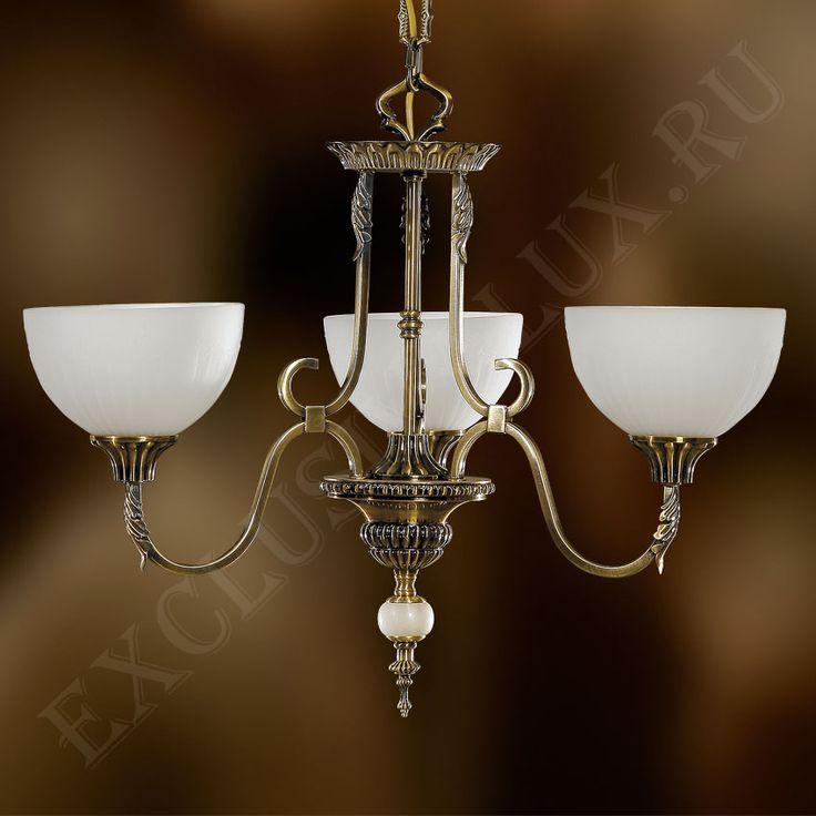 Классическая потолочная люстра 250М для гостиной с стеклянными абажурами белого цвета и арматурой из бронзы купить недорого в интернет магазине Exclusivalux