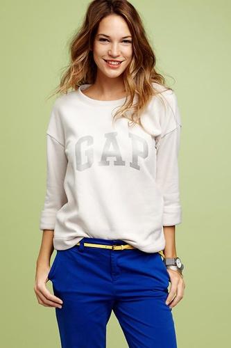 I luv gap clothes super comfy