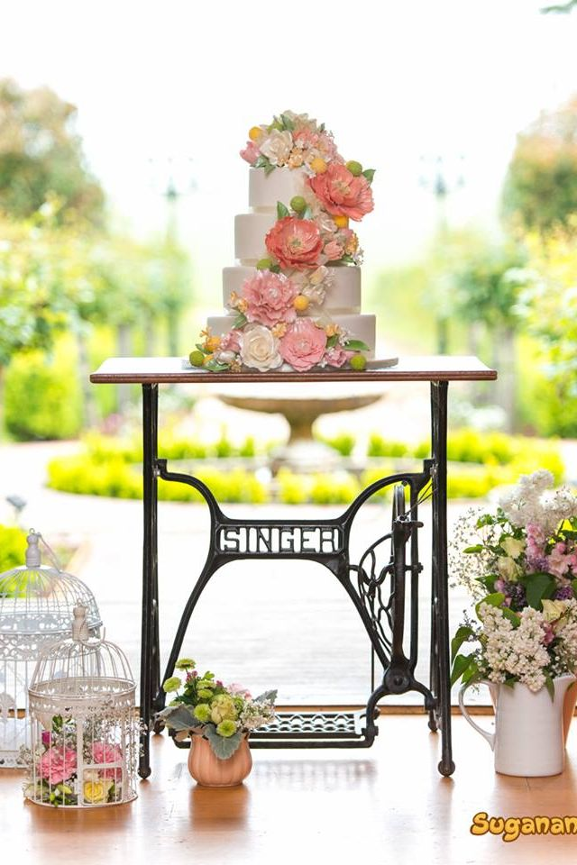 Wedding cake Yolanda Suganana Pastel Flowers Delicious  Beautiful