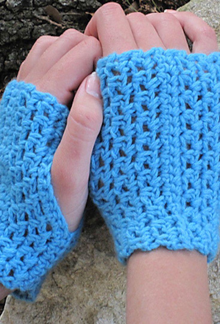 Free Crochet Pattern: Fiona Mitts