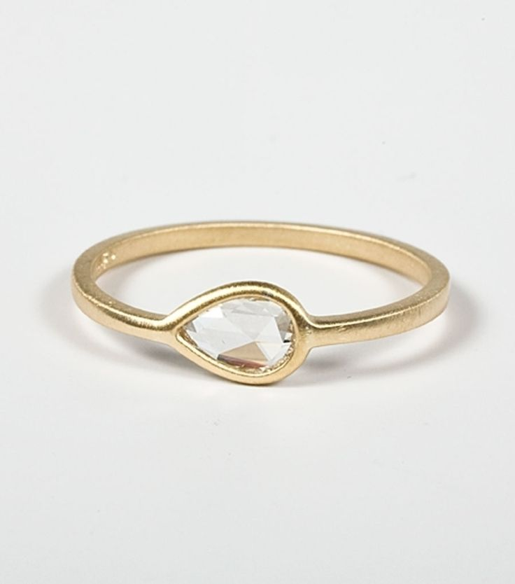Put a ring on it.Wedding Ring, Right Hands Rings, Stacked Rings, Teardrop Rings, Pears Rings, Gold Jewelry, Jewelry Rings, Diamonds Teardrop, Engagement Rings