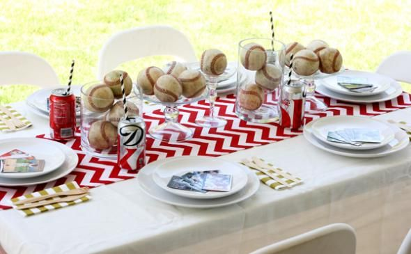 Decorations and Table Setting for a Baseball Themed Party