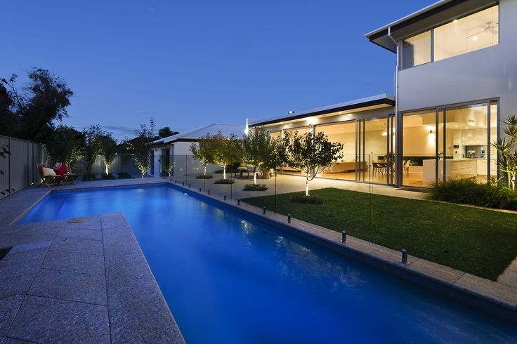 Cambuild | Contemporary Custom Home | Luxury New Home | Indoor Outdoor Living | Open Plan | Outdoor Dining | Pool