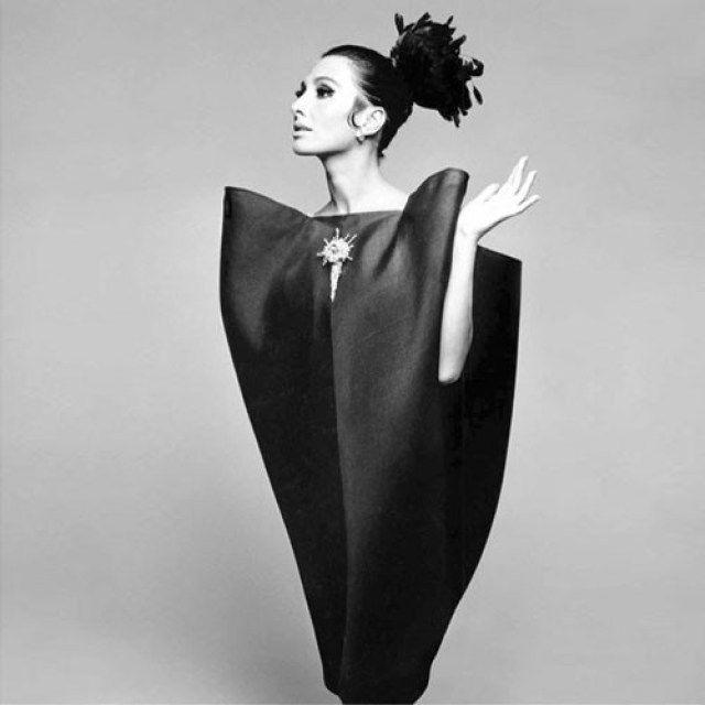 Balenciaga envelope dress 1967
