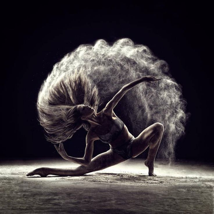 Amazing Poetic Portraits of Dancers and Acrobats – Fubiz Media