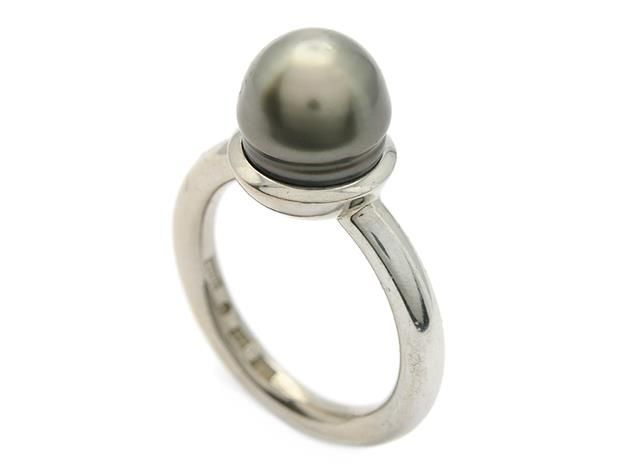 WOLFGANG GESSL, ring, 18K white gold, Tahitian pearl. Item 1012855. Contemporary – Saturday 22 March 2014.
