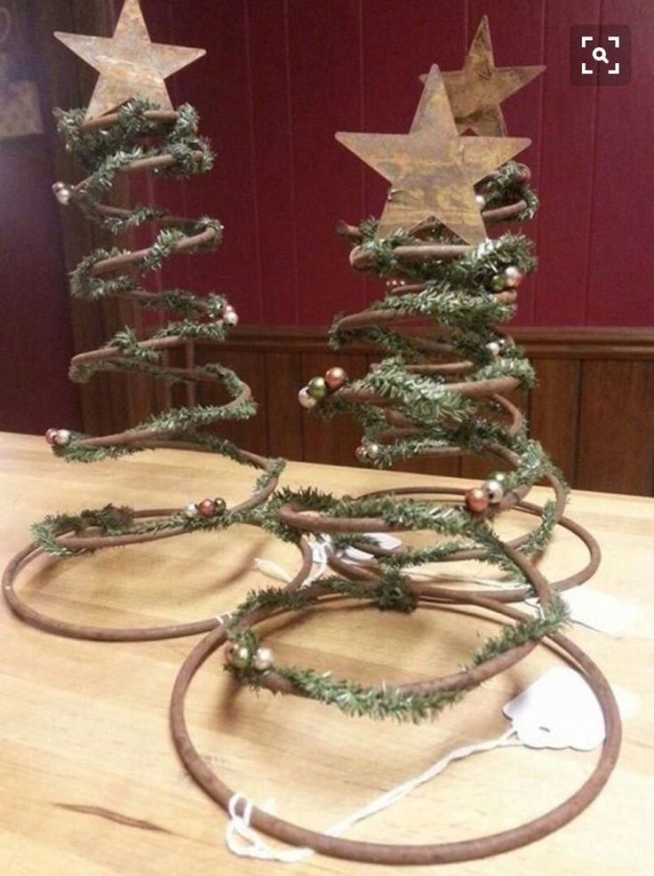 Vintage Christmas Tree Crafting Old Rusty Bed Springs Hourglass Metal Wire Coils  | eBay