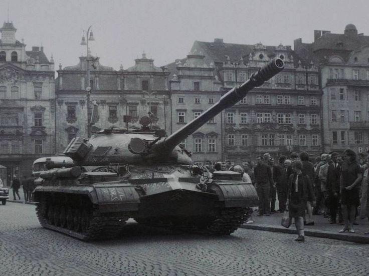 Soviet T-10M Prague 1968