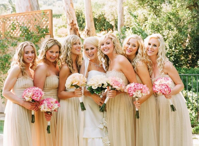neutral colours for beach wedding - photo by elizabeth messina