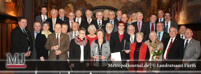 (FÜ) Verdiente Bürgerinnen und Bürger am Ehrenabend des Landkreises ausgezeichnet  - http://metropoljournal.de/?p=8527