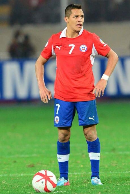 Alexis Sanchez is not impressed. Chile NT