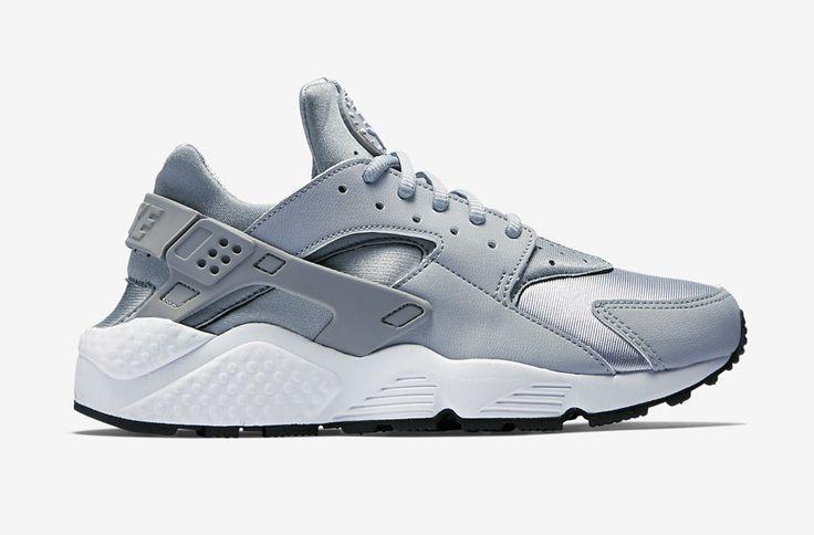 Nike Air Huarache – šedé dámské boty, tenisky  #nike #nikeair #huarache #womens #tenisky #boty #sneakers #futuristic #futurism #grey