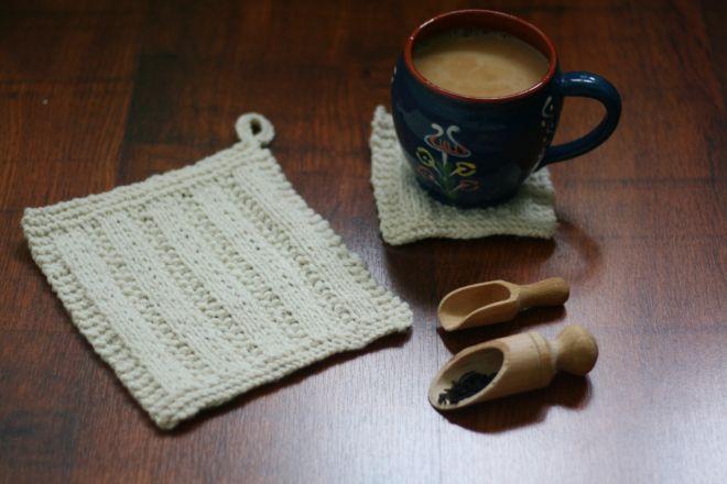 knitted pot holder