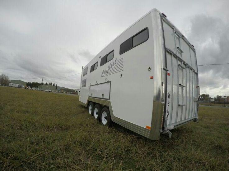 5 horse bumper pull Crisfloat