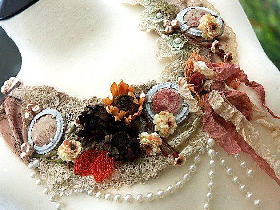 MARIE ANTOINETTE Vintage tessuto collana bavaglino istruzione riproposto dal mio 'RAGDOLL Collection' Rock bohemien Chic, francese Shabby Ch...