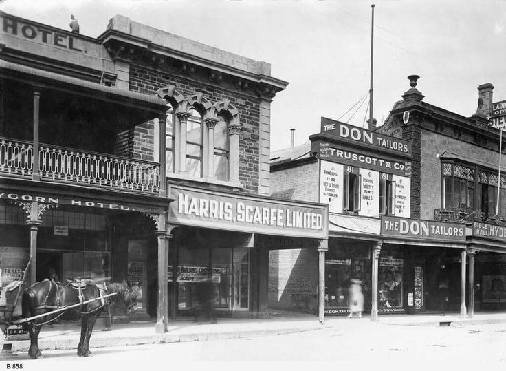 Harris Scarfe Limited on Rundle St, Adelaide in South Australia, south side in 1922.