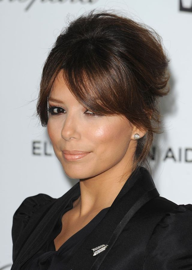 Chignon avec frange #chignon #frange | Long hair with bangs, Party hairstyles for long hair ...