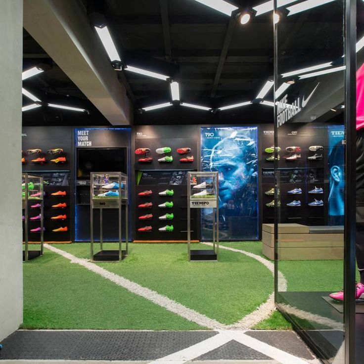 Recommended Football Accessories Store to Visit: Interesting Decorating Ideas In Luxurious Football White Space