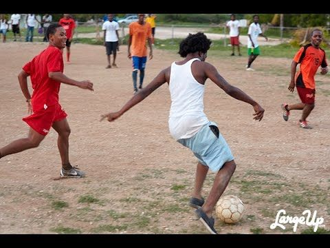 Popcaan And Aidonia In St Thomas Playing Cricket And Football Live Video December 2016 - YouTube