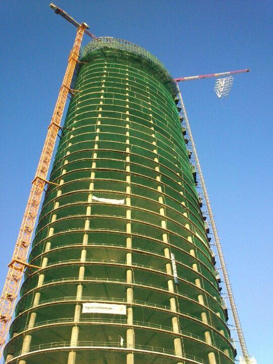 Torre cajasol en sevilla andaluc a cesar pelli y un - Garden center sevilla ...