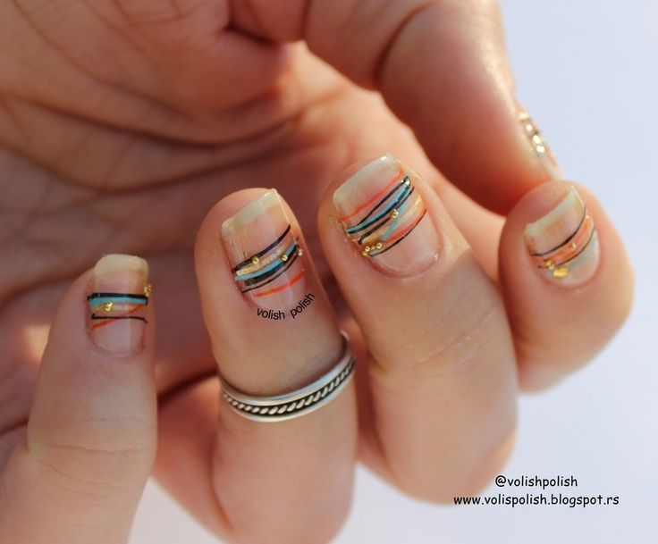 Futuristic nail art design , all done just with nail polishes, how to recreate it - on the blog  http://volispolish.blogspot.rs/2016/03/futuristicki-minimalizam-na-noktima-ili.html - Nailpolis: Museum of Nail Art