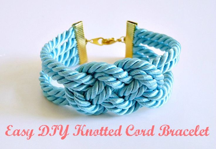 Dans le Lakehouse: Easy DIY Knotted Cord Bracelet