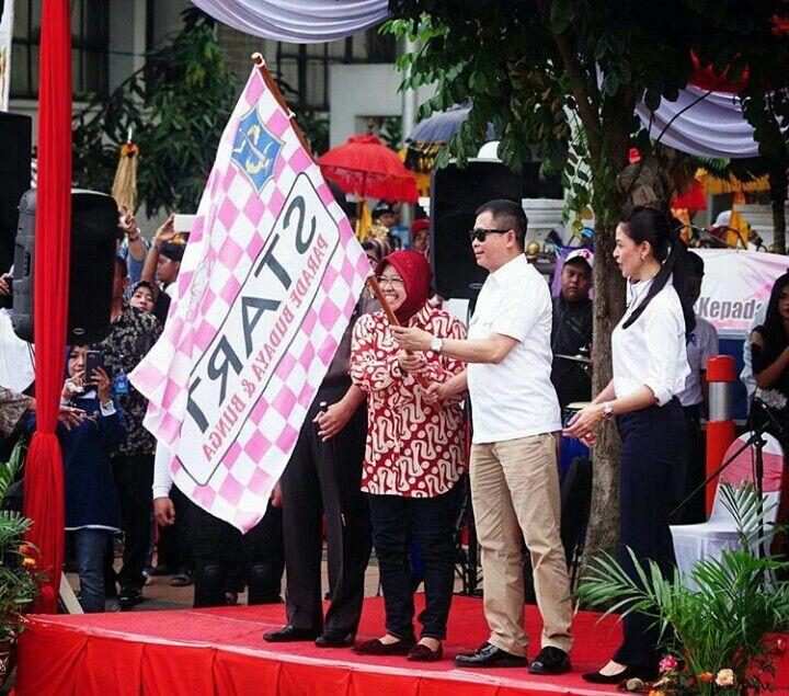 Parade Bunga Hari jadi kota Surabaya ke 724