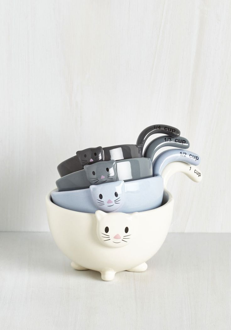 Meow for Measuring Cups. With just one glance at these amazing ceramic measuring cups by One Hundred 80 Degrees - as featured in Weight Watchers Magazine - I see two of my favorite things in one wonderful product. #multi #modcloth: