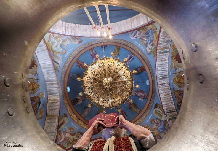 #underwater #gopro #christening #baptism #kythnos #greekislands #destinationphotographer www.lagopatis.gr