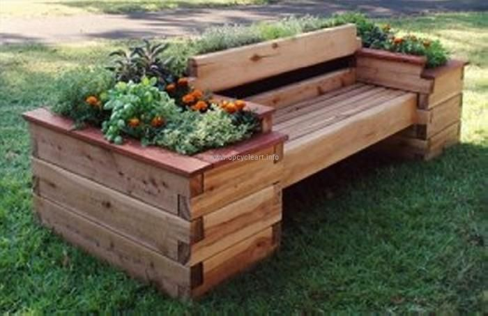 Here in another garden project, we have used pallet wood to make a huge garden bench or sofa cum planter. This is a great demonstration of art. It has multiplied the beauty of the garden a hundred times by its unique style and stature