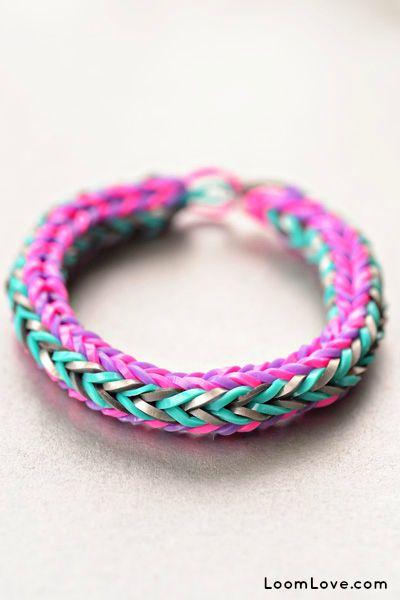 Rainbow Loom® Chevron Armband - http://www.rainbow-loom.nl/rainbow-loom-videos-voorbeelden/rainbow-loom-chevron-armband/