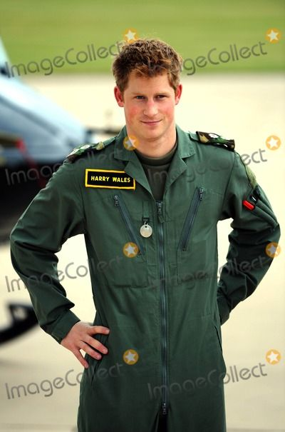 Prince William Photo - Prince Harry Prince William and Prince Harry Defence Helicopter Flying School Training-photocall-raf Shawbury (Royal Air Force) Shrewsbury  England United Kingdom 06-18-2009 Photo by Mark Chilton-richfoto-Globe Photos Inc