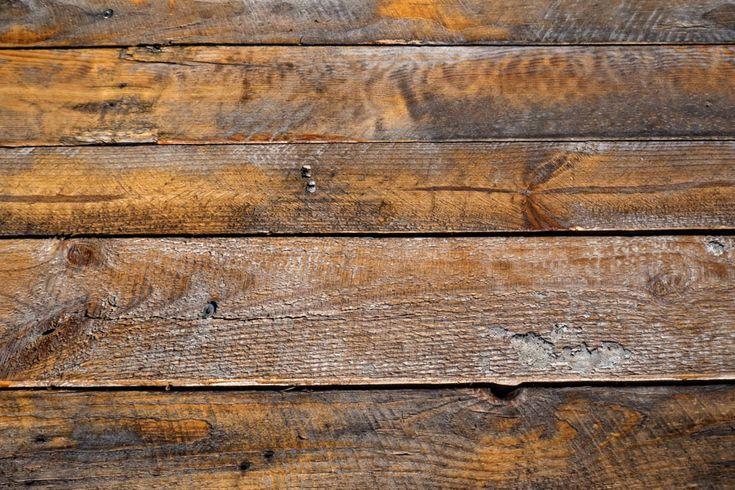 ***¿Cómo Envejecer Madera con Vinagre?*** ¿Sabías que puedes hacer un mueble envejecido con una simple placa de DM o de MDF? Para ello debes aplicar esta técnica con vinagre.....SIGUE LEYENDO EN...... http://comohacerpara.com/envejecer-madera-con-vinagre_12861h.html