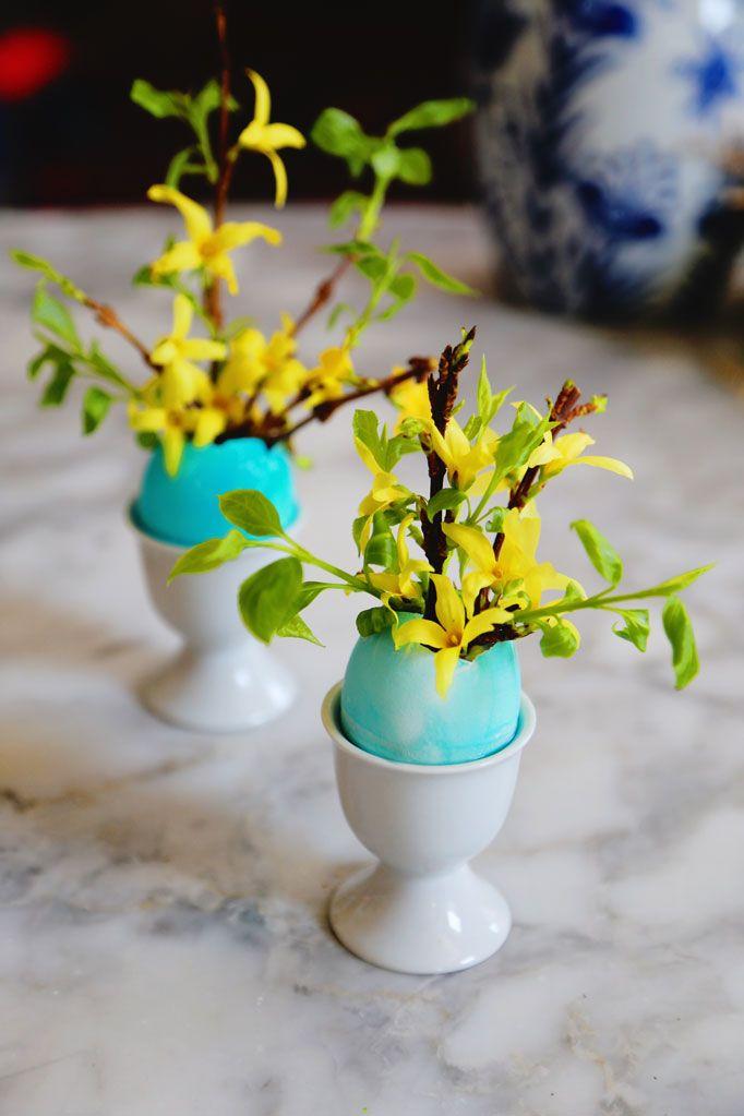 Egg Shell Bud Vases