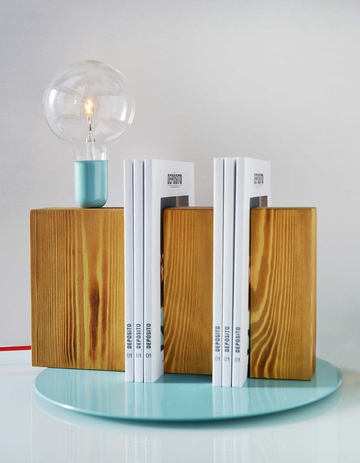 STAND BY ME / tarapera.com #lamp #lighting #lightingdesign #interior #booklovers #deposito #magazine #books #decor #decoration #decorating #design #handcrafted #handmade