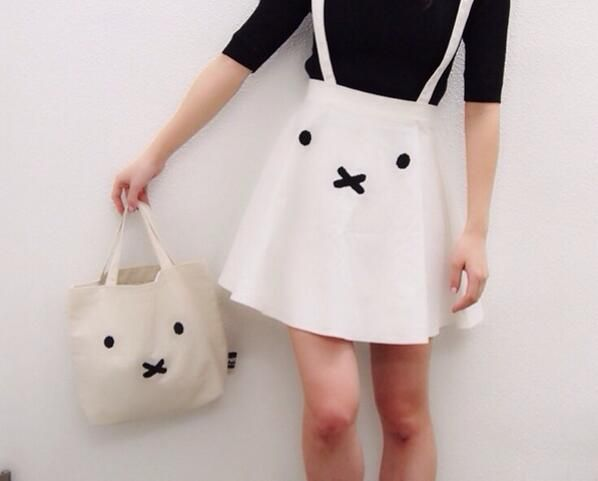 Someone please make a bunny coordinate for Spring. You could even incorporate the bunny shoes from LDS . Hah. The skirt and bag are both merry jenny ~ :)