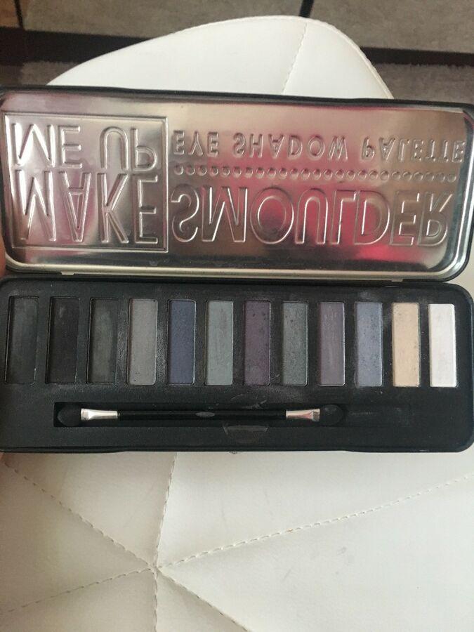Make Me Up Smoulder Eyeshadow Palette Used Smoulder Eyeshadow